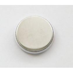Button mit flacher Rückseite